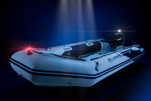 771_Navi_light_dual_kit_S_on_boat_night_02